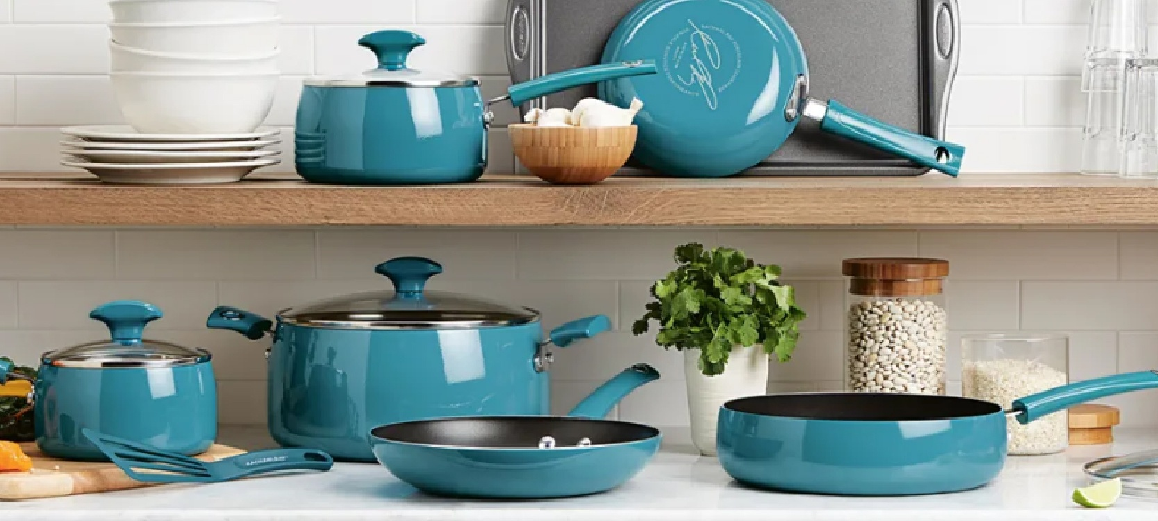 the lovely Rachel Ray cookware in blue
