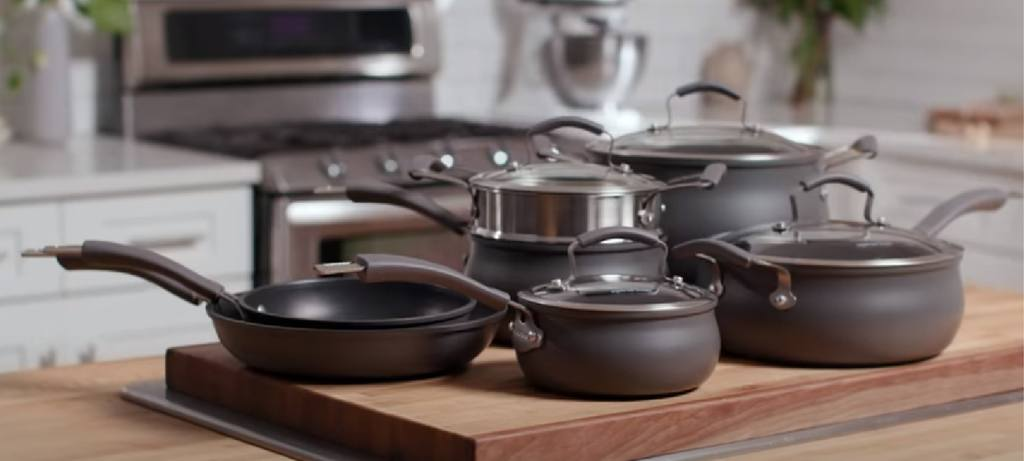 the elegant Epicurious cookware set sitting on the kitchen table
