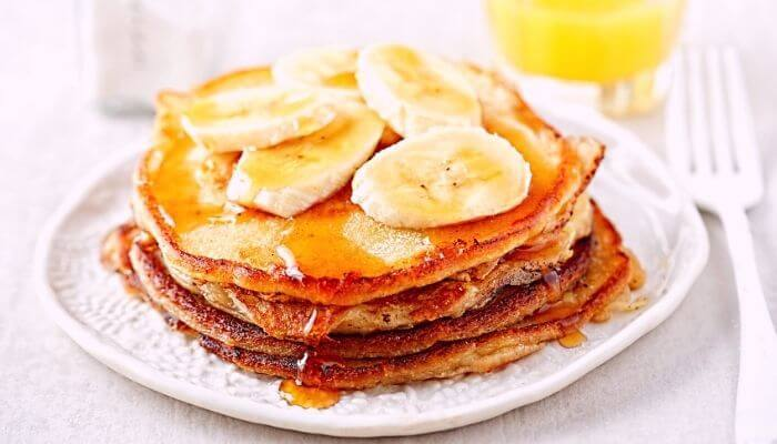 blended banana oatmeal pancakes with syrup